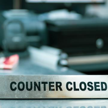 sign saying counter closed
